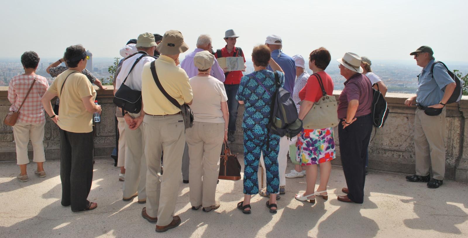 جمعية مغربية تحول أعضائها إلى سفراء السياحة الوطنية