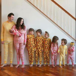 بريطانية في 30 من عمرها تنجب 7 أبناء وستستمر في الانجاب حتى الاربعين